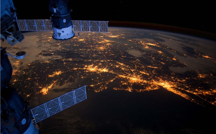 Nighttime Lights in a US Megalopolis-Universe Desktop Wallpaper Views:1840
