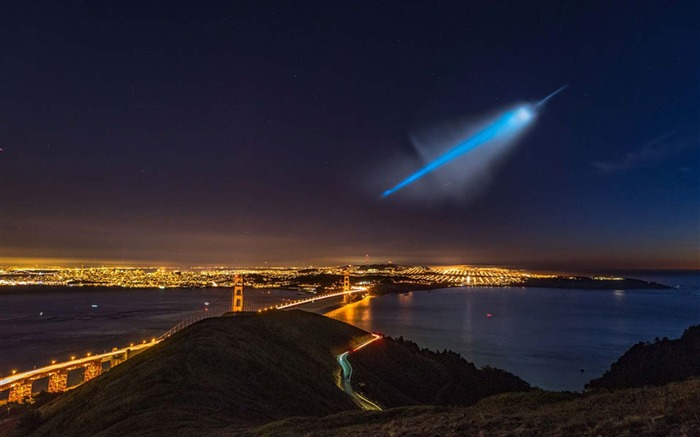 UFO Over San Francisco-Universe Desktop Wallpaper Views:1295