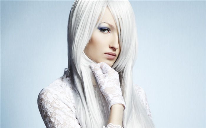 Charming eyes white hair girl-Beauty Photo HD Wallpaper Views:1919