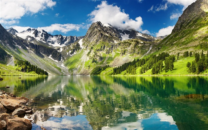 Forest mountains reflection-Nature HD Wallpaper Views:4783 Date:4/14/2016 10:04:47 AM