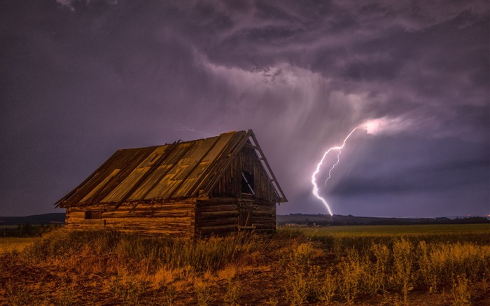 Barn lightning sky clouds-Nature Scenery HD Wallpaper Views:1649