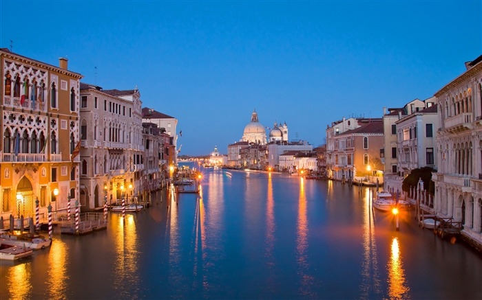 Europe River Night Lights-Venice Italy Travel HD wallpaper Views:1662