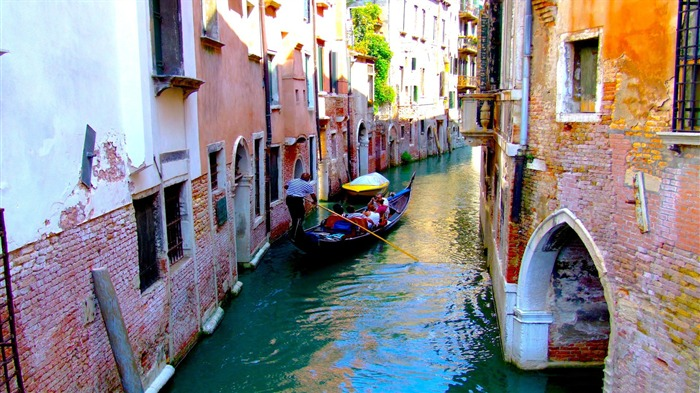 Grand canal streets view-Venice Italy Travel HD wallpaper Views:1347