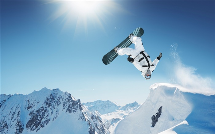 Snow Mountain Snowboarding Extreme HD Wallpaper 18 Views:3049 Date:5/22/2016 11:11:06 AM
