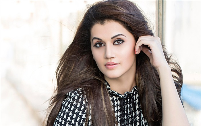 Taapsee pannu 2016-Beauty Photo HD Wallpapers Views:1508
