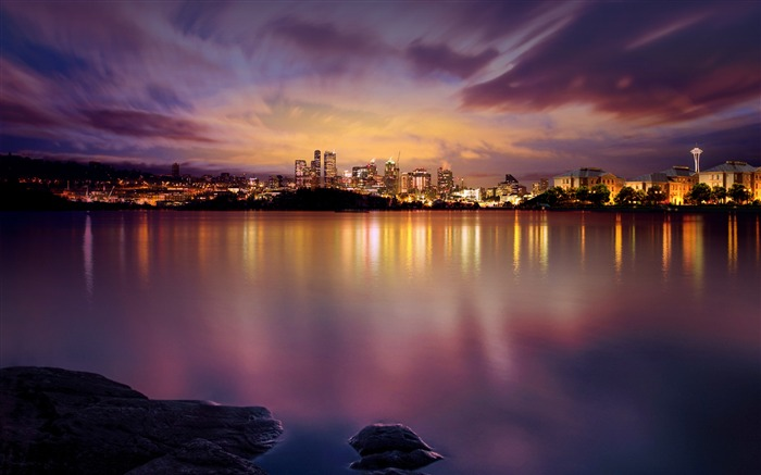 Bright Night Cities Scenery Photo HD Wallpaper 16 Views:3567 Date:6/6/2016 10:35:45 AM