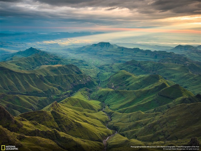 The Secret Valley-2016 National Geographic Wallpaper Views:1089