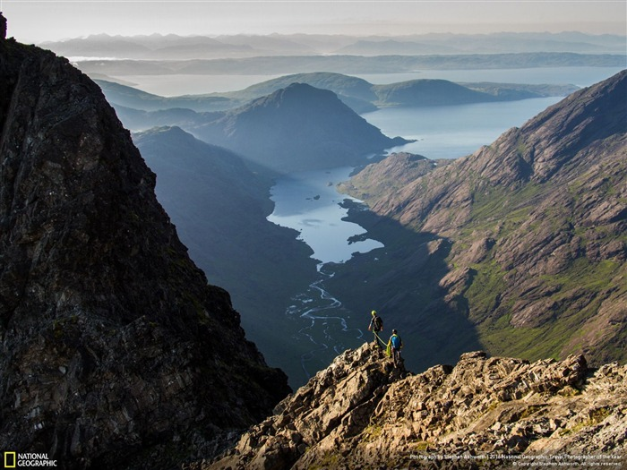 Traverse Cuillin Ridge morning-2016 National Geographic Wallpaper Views:1629
