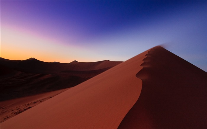 Desert sand hill line-Landscape Theme Wallpaper Views:1353