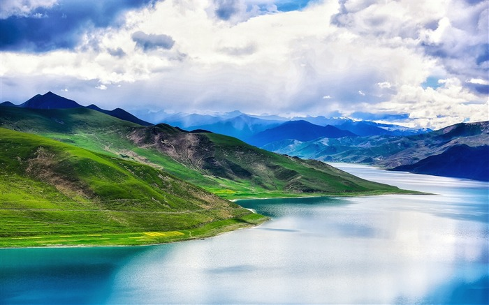 Tibet YamdrokTso Paradise Lake Photo Wallpaper 05 Views:3329 Date:8/24/2016 9:17:52 AM