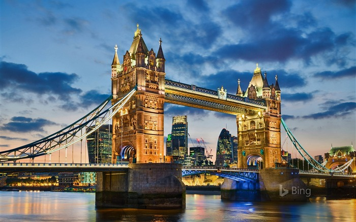 Tower Bridge in London-2016 Bing Desktop Wallpaper Views:907