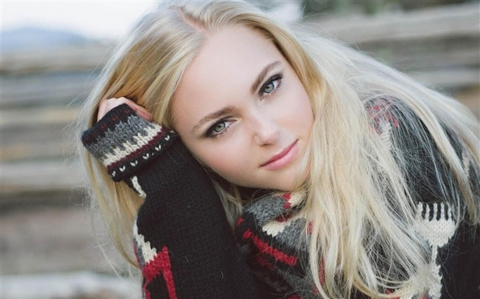 Anna sophia robb blonde sweater-Beauty Photo HD Wallpaper Views:1635