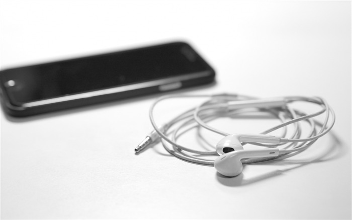 Apple iphone earphones smartphone-2016 Brand HD Wallpaper Views:2018