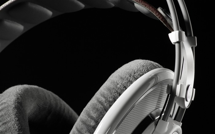 Headphones AKG macro-2016 Music HD Wallpaper Views:1150