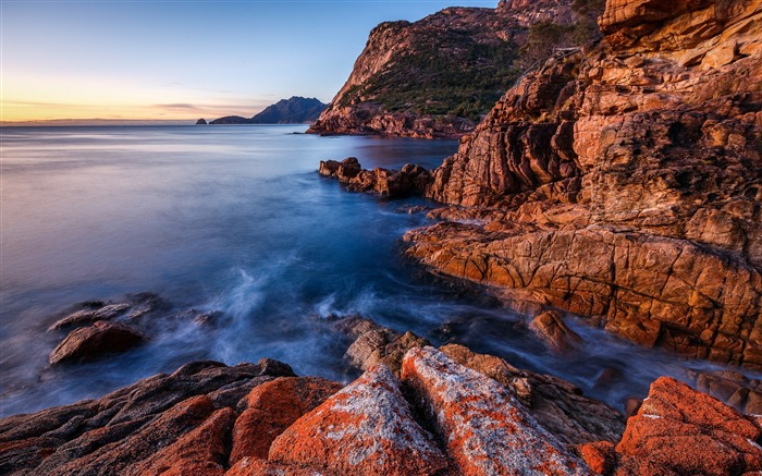 Sea coast rocks cliff-Nature High Quality Wallpaper Views:2891 Date:9/21/2016 8:15:58 AM