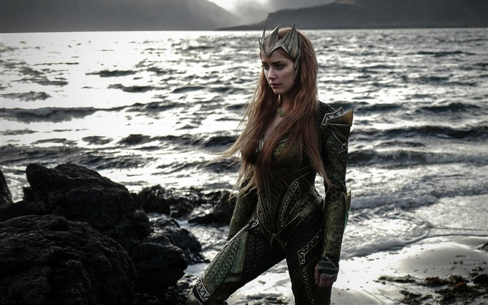 Amber heard mera justice league-2016 Movie Poster Wallpaper Views:1812