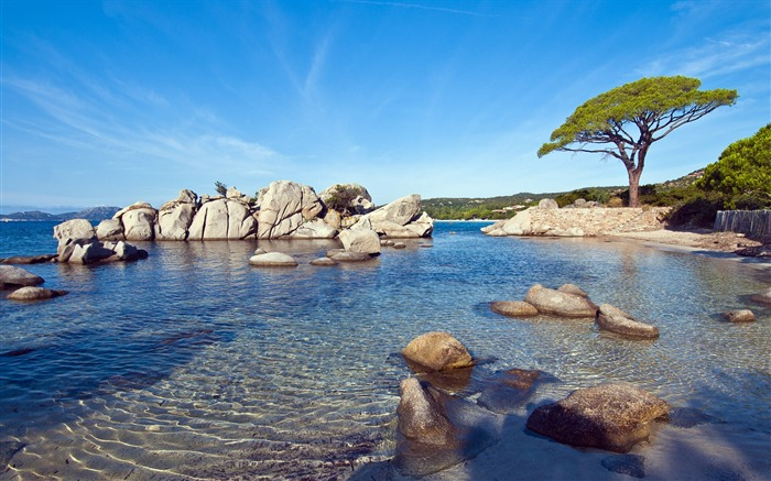 Sunny shores france-2016 Windows 10 Desktop Wallpaper Views:3753