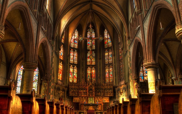 The magnificent Western church-Cities Corner HD Wallpaper Views:581