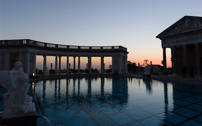 The neptune pool-Cities Photo HD Wallpaper Views:1660