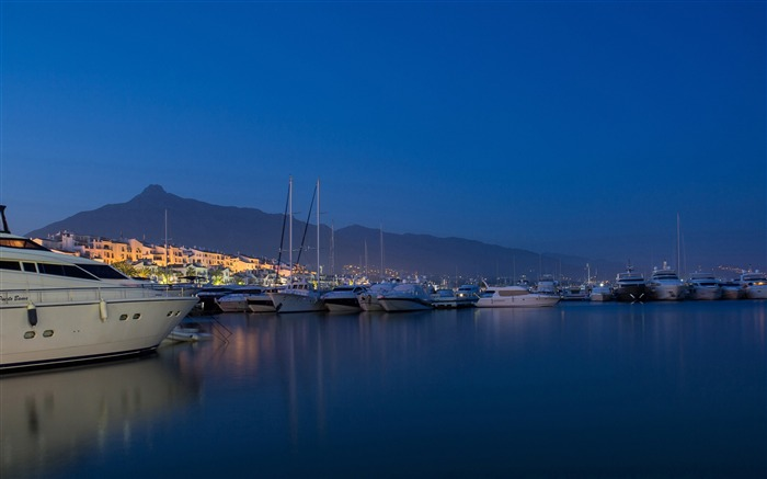 Yacht harbor-Cities Photo HD Wallpaper Views:1551
