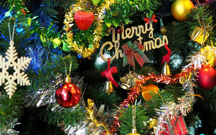 Christmas with decorations-Merry Christmas 2017 HD Wallpapers Views:4909 Date:11/7/2016 4:41:49 AM