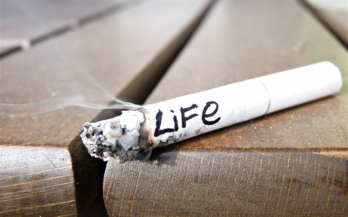 Cigarette smoldering ashes life-2016 High Quality Wallpaper Views:1800