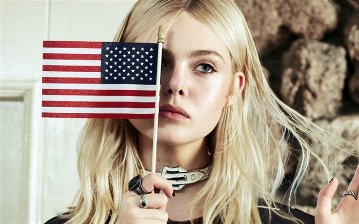 Elle Fanning-2016 Beauty HD Poster Wallpapers Views:1666