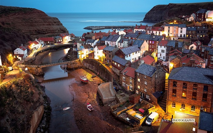 Staithes nighttime-England travel scenery wallpaper Views:1461