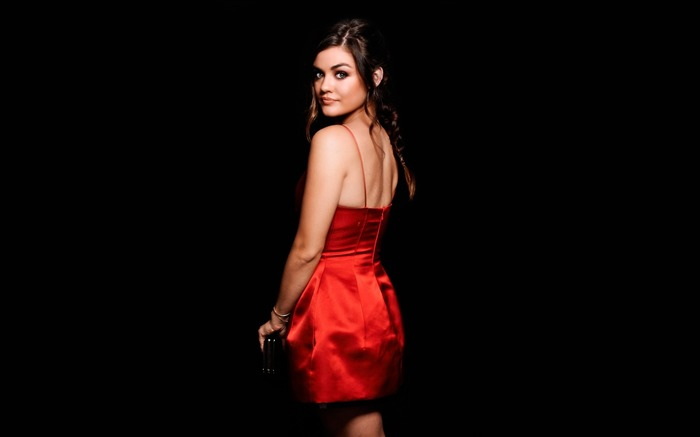 Actress Lucy Hale-2017 Girl Photo HD Wallpaper Views:1693