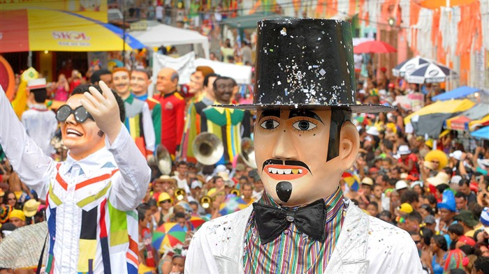 Pernambuco Giant dolls in the Olinda Carnival-2017 Bing Desktop Wallpaper Views:1022
