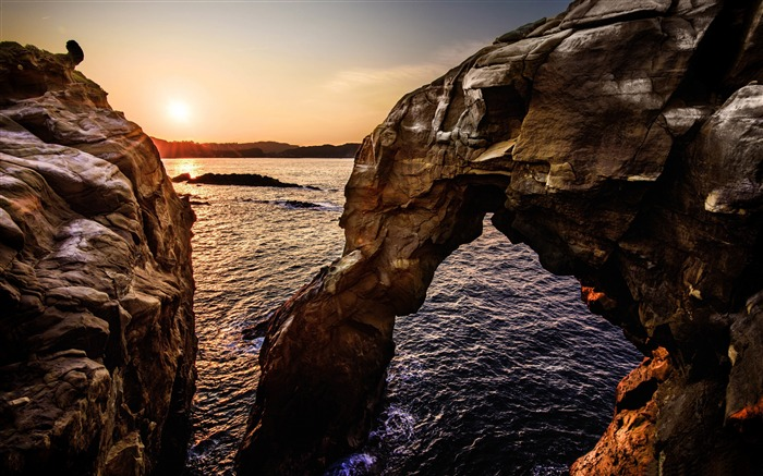 Elephant nose rock sunset-Scenery High Quality Wallpaper Views:3502 Date:3/17/2017 11:44:03 PM