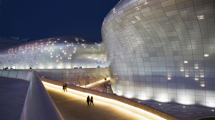Korea Dongdaemun Design Plaza in Seoul-2017 Bing Desktop Wallpaper Views:1026