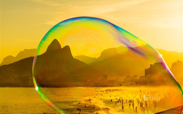 Rio Janeiro Soap bubble on Ipanema beach-2017 Bing Desktop Wallpaper Views:1088