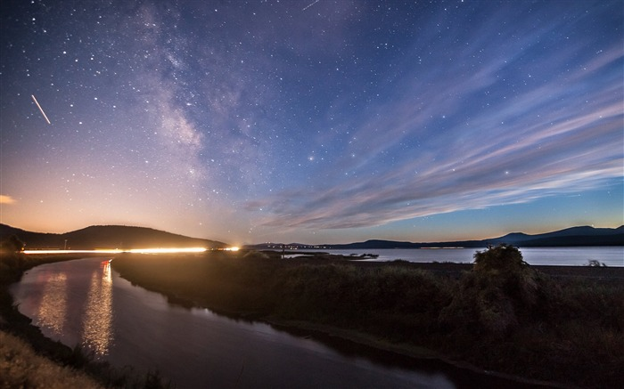 Twilight River Star Sky-Scenery High Quality Wallpaper Views:2891 Date:3/18/2017 12:00:19 AM