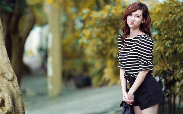 Asian Fashion Beauty Girls Photo Wallpaper 04 Views:1228