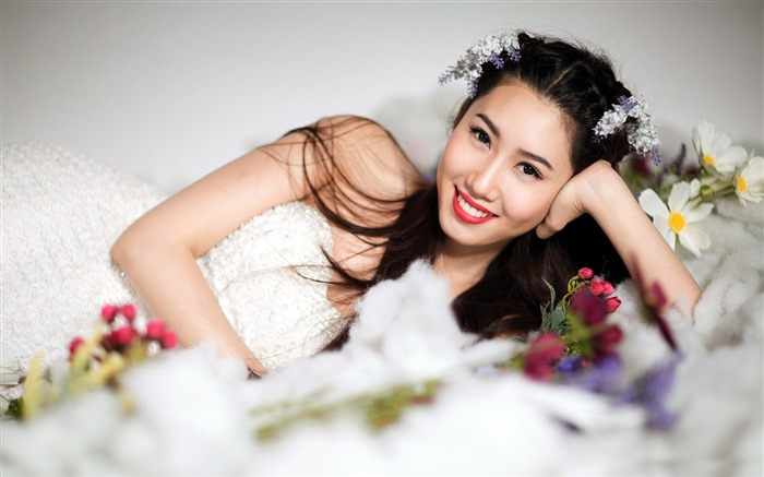 Asian Fashion Beauty Girls Photo Wallpaper 14 Views:1261