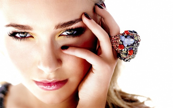 Hayden Panettiere-Beauty HD Photo Wallpapers Views:2778 Date:4/22/2017 5:42:59 AM