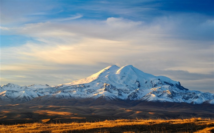 Russia highest mountain-Nature Scenery Wallpaper Views:1779