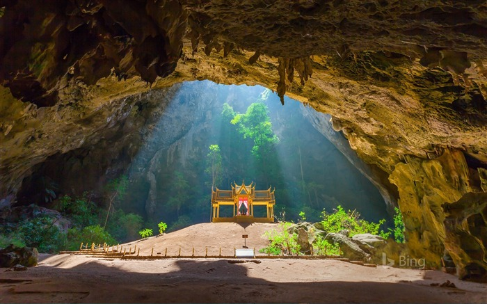 Thailand Kuha Karuhas pavilion in Phraya Nakhon Cave-2017 Bing Desktop Wallpaper Views:1017