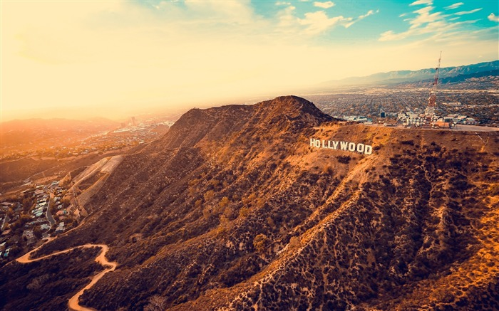 Hollywood mountains los angeles-2017 High Quality Wallpaper Views:874