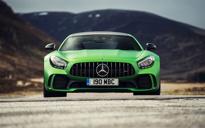 Mercedes amg gtr 2017-Car Poster HD Wallpapers Views:4331 Date:5/24/2017 6:05:56 AM