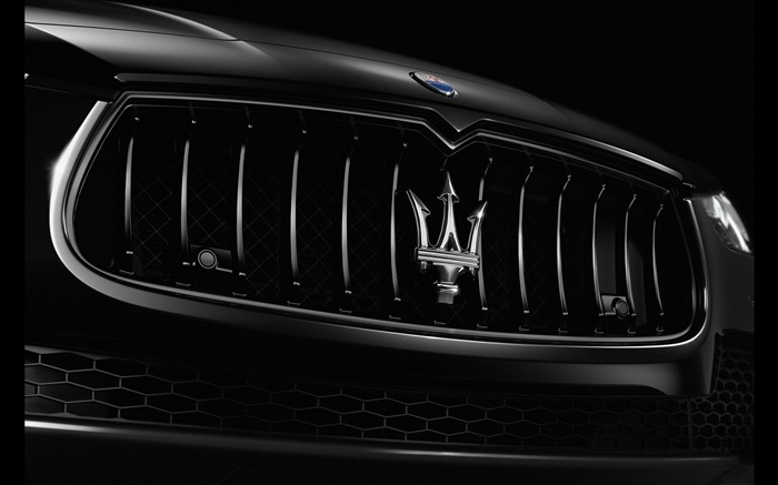 2018 Maserati Ghibli Nerissimo Black Edition 04 Views:3019 Date:8/15/2017 10:06:11 AM