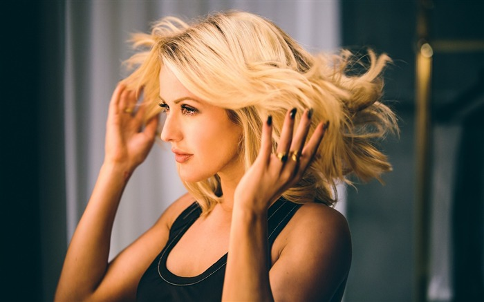 Ellie Goulding-2017 Beauty HD Photo Wallpaper Views:994