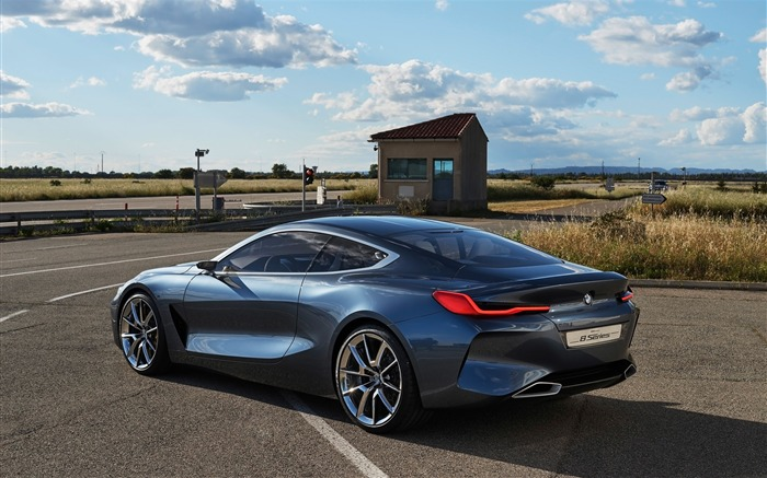 2017 BMW Concept 8 Series HD Wallpaper 18 Views:2048 Date:10/7/2017 5:16:02 AM