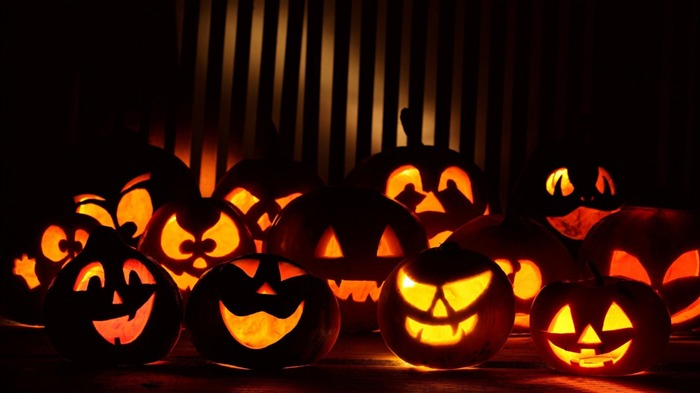2017 Celebrations Halloween HD Wallpaper 01 Views:515