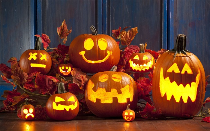 2017 Celebrations Halloween HD Wallpaper 08 Views:761