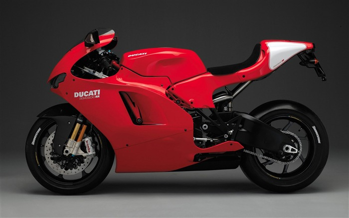 Ducati desmosedici rr Motorcycles Wallpaper Views:1417