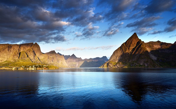 Norway islands mountains lake clouds 2017 HD Wallpaper Views:500