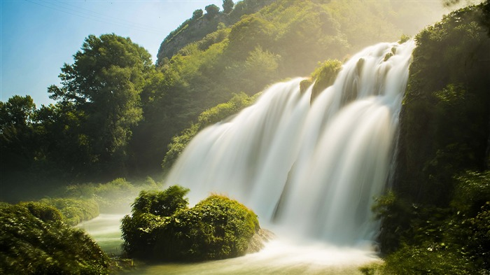 Summer jungle dawn misty waterfall 4K HD Photo Views:401