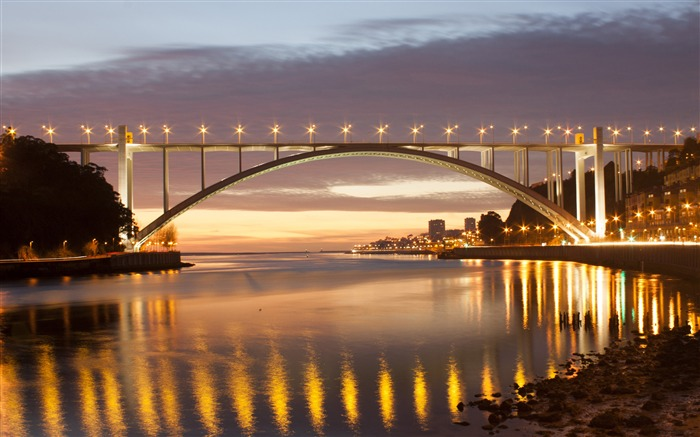 Arched bridge along the Portuguese river Views:155